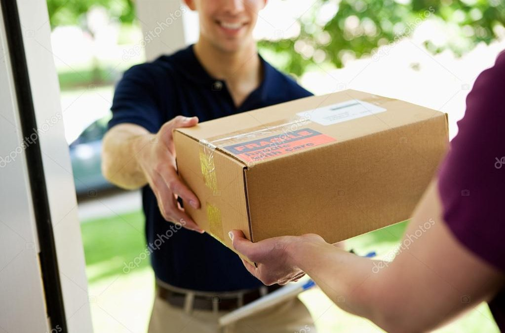Shipping Courier vs Freight: What's the Difference?